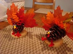 Gobble gobbleGobble gobblePine cone turkey crafts 3 Pine cone turkey crafts for kid.Pine cone turkey crafts 3 Pine cone turkey crafts for kids. Preschoolers will love the leaf turkey! Autumn Crafts, Nature Crafts, Thanksgiving Crafts, Thanksgiving Decorations, Holiday Crafts, Holiday Fun, Thanksgiving Table, Holiday Parties, Fall Crafts For Adults
