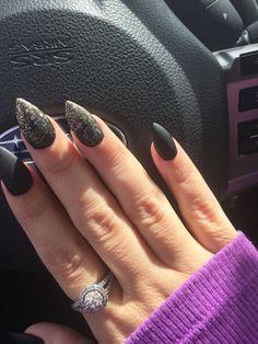Black matte stiletto