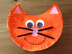 Paper Plate Cat Craft - Oliver and Company Movie Night Craft - Disney Movie Night Craft - Family Movie Night