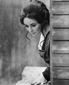 100 Beautiful Pictures Of Elizabeth Taylor