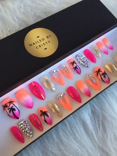 Summer Ombre Press On Nails Crazy Nails, Dope Nails, Glue On Nails, Gel Nails, Nail Nail, Acrylic Nails, Nail Polish, Palm Tree Nail Art, Nails 2017