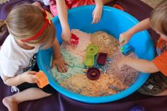 These 12 play ideas make perfect sense. Click through to find your (sensory) fun.