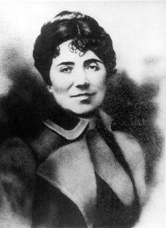 Rosalía de Castro (1837 - 1885), precursora de la poesía española moderna