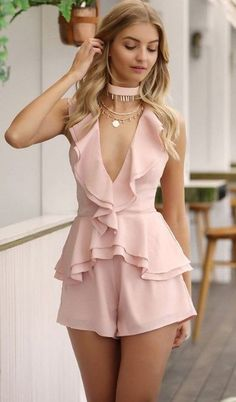 {Classy And Elegant Summer Outfits Classy Outfits For Women, Classy Work Outfits, Girly Outfits, Classy Dress, Chic Outfits, Summer Outfits, Fashion Outfits, Clothes For Women, Dress Fashion