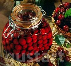 Lajos Mari konyhája - Rumos vagy konyakos meggy Ketchup, Cherry, Vegan, Fruit, Hungary, Memories, Foods, Drinks, Memoirs