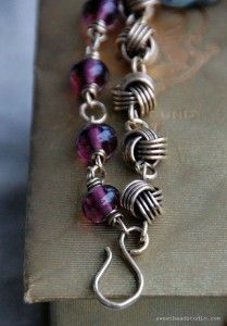 """idea: Make a 6 or 7"""" double strand, jump rings on ends to join and then single strand to complete the necklace. bracelet, wired jewelry #beads #wire"""