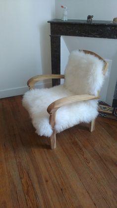 Fauteuil a poil rénové Armchair, Vintage, Furniture, Home Decor, Hair, Lounge Chairs, Sofa Chair, Single Sofa, Decoration Home