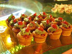 Cupcakes salgados de tomate seco: um show de sabor e cores como pede a Festa Dancing Days