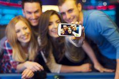 Qual o melhor smartphone para selfies?. Veja mais em efacil.com.br/simplifica