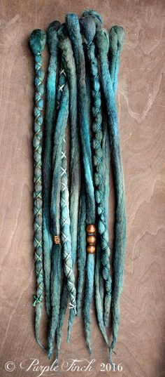 10 Emerald Tie-Dye Wool Synthetic Dreadlock von PurpleFinchStore