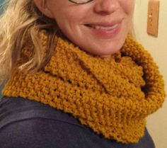 Golden knitted color cowl