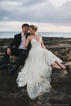 Real Wedding Inspiration: Anna+Ben in Hawaii | Finery: Carol Hannah Custom Citrine Bustier and Kensington Skirt | Photographer: Jenna Lee | Event Coordination: Carrie Lance of Cherished in Hawaii Weddings