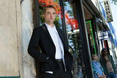 Robert Pattinson Em Novo Still De Maps to the Star...