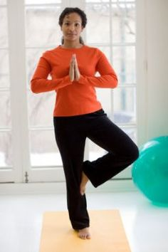 Improve Your Balance in 3 Simple Steps via @SparkPeople. Really good advice. Balance is IMPORTANT!