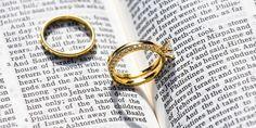 Gold Rings, Gemstone Rings, Old Testament, Jesus Quotes, Take That, Gemstones, Jesus Cristo, Fake News, Christians