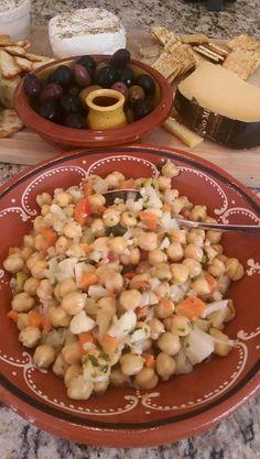 Chick Pea Giardineira Salad - Salada de Grao com Jardineira.