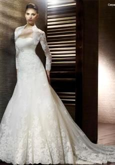 Spanish style wedding dress-breath taking.. How can this not be ...