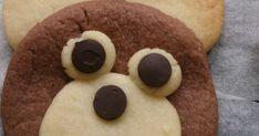 Bugün bu kurabiyeleri arkadaşımın oğlunun doğum günü için yaptım ,yapması oldukça zevkliydi.Tadıda güzel o... Cookies, Desserts, Food, Crack Crackers, Tailgate Desserts, Biscuits, Meal, Cookie Recipes, Dessert