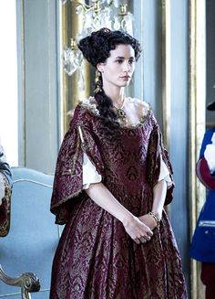 Design your own photo charms compatible with your pandora bracelets. Elisa Lasowski as Marie-Thérèse d'Autriche in Versailles (TV Series, Period Costumes, Movie Costumes, Historical Costume, Historical Clothing, Medieval Clothing, Rococo Fashion, Vintage Fashion, Gothic Girls, Mode Rococo