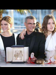Palme d'or 2013. Le réalisateur Adellatif Kechiche entouré de ses deux actrices Adèle Exarchopoulos et Léa Seydoux