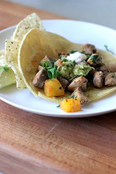Sweet and spicy pork and pineapple tacos just posted! Pork Tenderloin Tacos, Pork Tacos, Cooking Recipes, Healthy Recipes, Ham Recipes, Family Recipes, Delicious Recipes, Family Meals, Party