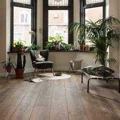 Living Room Themes, Living Room Modern, Home Living Room, Floor Design, House Design, Black Window Frames, Drapes And Blinds, Happy New Home, Luxury Flooring
