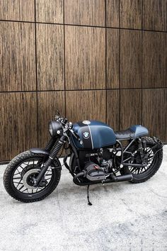 BMW Cafe Racer by Recast Moto - Motorrad - Motocicletas Triumph Cafe Racer, Cx500 Cafe Racer, Bmw R100 Scrambler, Cafe Racer Build, Cafe Racer Motorcycle, Moto Cafe, Cafe Bike, Bike Bmw, Bmw Motorcycles
