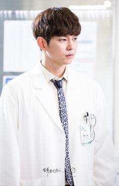 Yoon Kyung Sang as Dr Jung Yoon Do in Doctors Asian Actors, Korean Actors, Korean Dramas, Doctors Korean Drama, Kyun Sang, Netflix Horror, Korean Drama Romance, Kim Rae Won, Moorim School
