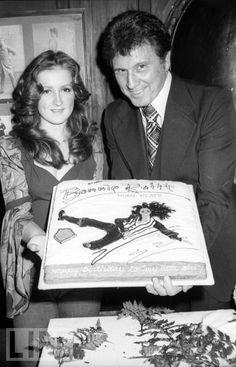 Bonnie Raitt (With Dad) in 1975