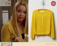 Mariana's yellow textured knit cardigan on The Fosters.  Outfit Details: https://wornontv.net/33983/ #TheFosters