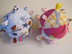 Baby Ribbon Balls {sewing} via TipJunkie.com