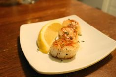 The Simple Treat | Scallops & lemon