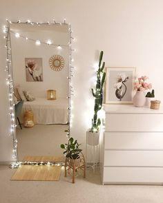 Small Room Bedroom, Room Ideas Bedroom, Diy Room Decor, Ikea Bedroom, Dorm Room, Room Decor Diy For Teens, Diy Home Decor Bedroom Girl, Bedroom Furniture, 50s Bedroom