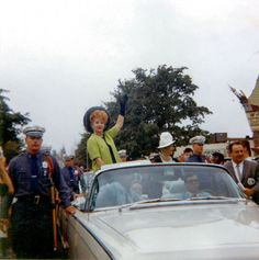Lucy in a Parade at the 1964 World's Fair
