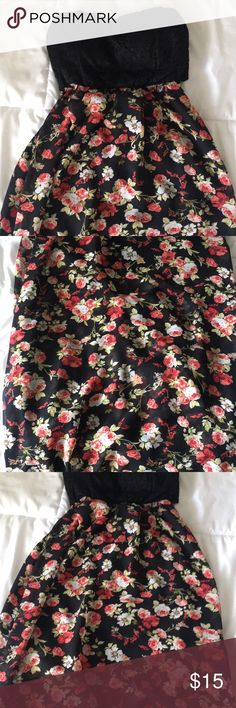 Cute floral maxi dress Size small. Cute floral maxi dress. Will accept offers and trades! Dresses Maxi