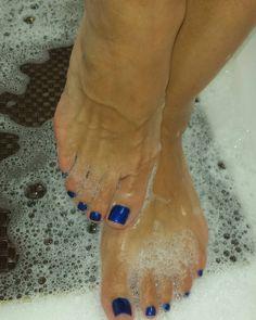 #veinyfeet #feet #footporn #footfetish #feetheat # veinyfeet #shoefetish #LATINAFEET #arches #sweatyfeet #sexyfeet #sexytoes # beautifulfeet # nylons