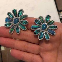 Do opal earrings love