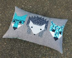 Fox and Hedgehog Pillow designed by Elizabeth Hartman. Features Rhoda Ruth by Elizabeth Hartman and Kona Cotton and Essex Yarn Dyed.
