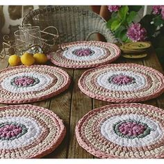 Items similar to Units of Bajo-Platos made Trapillo to crochet 35 cm. in diameter. on Etsy Crochet Home Decor, Crochet Crafts, Crochet Projects, Crochet Motifs, Crochet Doilies, Crochet Patterns, Love Crochet, Knit Crochet, Crochet Placemats
