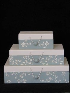 Painted Boxes, Wooden Boxes, Cardboard Organizer, Sewing Room Design, Fruit Box, Sweet Box, Diy Drawers, Decoupage Box, Pretty Box