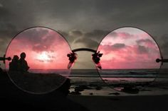 I see the world through rose tinted glasses Color Splash, Ombres Portées, Look Retro, Stephen Covey, Rose Colored Glasses, Color Rosa, Pablo Picasso, Belle Photo, Bunt