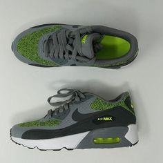 7555b50999c Nike Air Max 90 Ultra 2.0 SE GS Grey Green Anthracite 917988-001 Size 6.5Y.  Armário De Sapatos