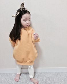 Image may contain: 1 person Cute Asian Babies, Korean Babies, Asian Kids, Cute Babies, Kids Winter Fashion, Kids Fashion, Boys Winter Clothes, Cute Baby Wallpaper, Baby Dress Design