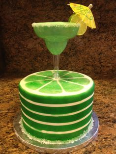 Margarita cake with tequila butter cream.thats looks amazing 21st Birthday Cake For Girls, 21 Birthday, Margarita Party, Margarita Cocktail, Martini Cake, Rubber Ducky Cake, Cake Albums, Animal Birthday Cakes, Bottle Cake