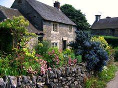 cottage with garden in Tissington, Derbyshire...