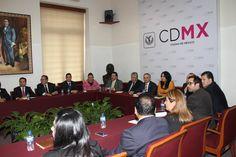 Luego del encuentro en el que también estuvo presente el secretario de Gobierno de la CDMX, Héctor Serrano Cortés, los representantes del PRD señalaron que la reunión giró en torno a una agenda de trabajo que beneficie a la Ciudad de México y sus habitantes.