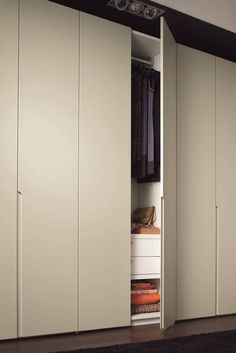 Top 30 Wardrobe Door Concepts to Try to Make Your Room Clean and Spacious Wardrobe Door Ideas-Combining style and comfort in your room decor is simple and co Wardrobe Cabinets, Wardrobe Doors, Wardrobe Closet, Built In Wardrobe, Closet Space, Wardrobe Door Designs, Wardrobe Design Bedroom, Closet Designs, Closet Bedroom