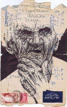 Марк Пауэлл с терпением и умением рисует ручкой портреты на старых носителях: письмах, конвертах, картах, газетах, и т.д.