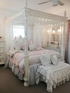 Shabby Chic home decor ideas number 2797790500 to attain for one really smashing, comfy escape. Kindly press the shabby chic decor diy webpage right now for additional hints. Shabby Chic Bedrooms, Shabby Chic Homes, Shabby Chic Decor, Dream Rooms, Dream Bedroom, Pastel Bedroom, Victorian Bedroom, Pretty Bedroom, My New Room