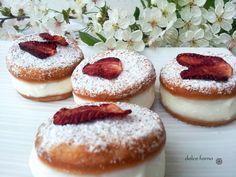 dolce forno: Piccoli dolci con ricotta e fragole